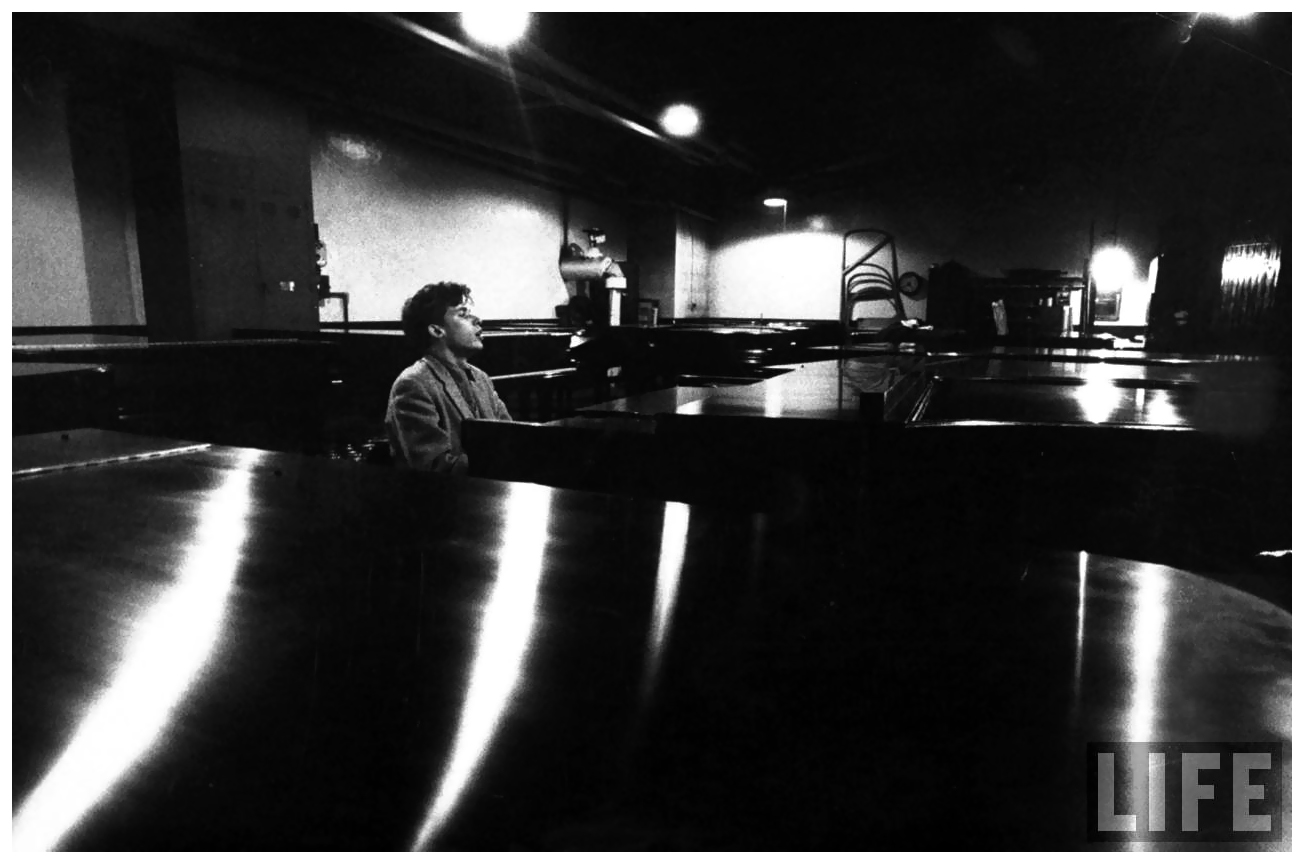 glenn gould new york 1955 pleasurephoto. Black Bedroom Furniture Sets. Home Design Ideas