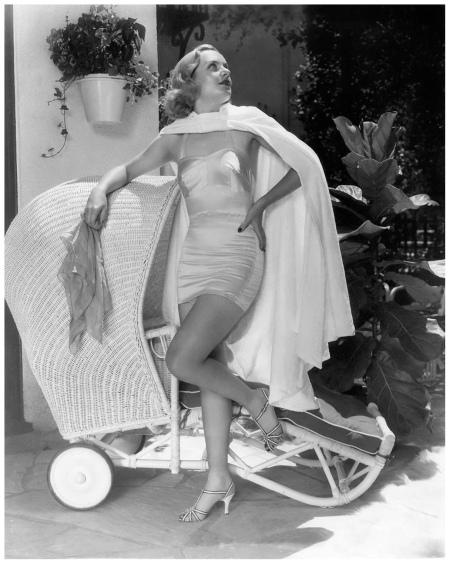 Actress Carol Lombard h
