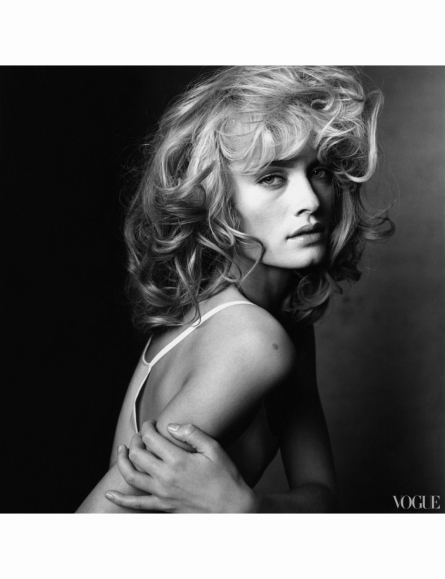 amber-irving-penn-vogue-march-1996