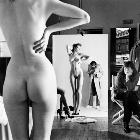 Helmut-Newton-Self-Portrait-with-wife-and-models-Paris-1981