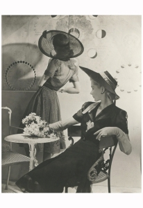 Summer Hats - Fonssagrives and Lane, 1940 Photo Horst P. Horst