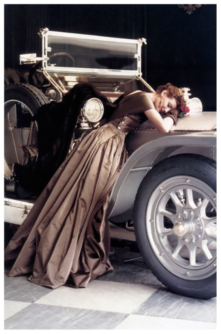 Wenda Parkinson in a Molyneux satin evening gown with a 1907 Silver Ghost Rolls-Royce, Vogue, April 1950