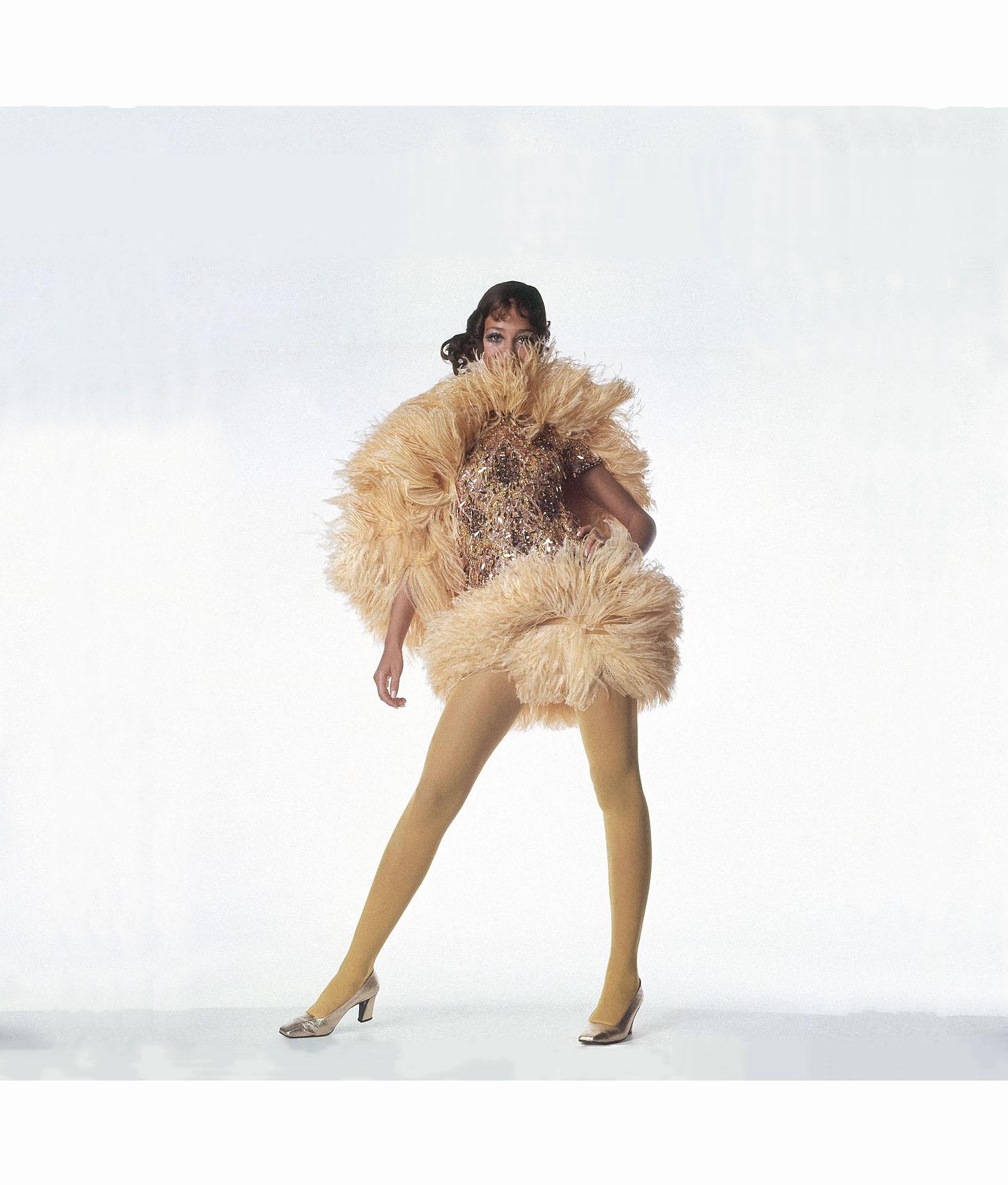 Yves Saint Laurent Pleasurephoto Pagina 19 Bettina Heels Netty Beige 1967 09 3 134949536633