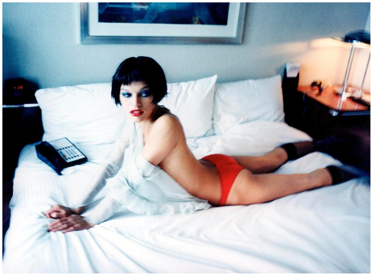 http://pleasurephoto.files.wordpress.com/2012/09/milla-jovovich-ellen-von-unwerth-1997-12.jpg?w=1200