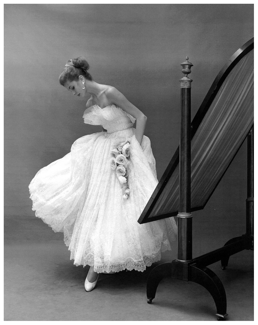 Suzy Parker ELLE, November 2, 1953 | © Pleasurephoto