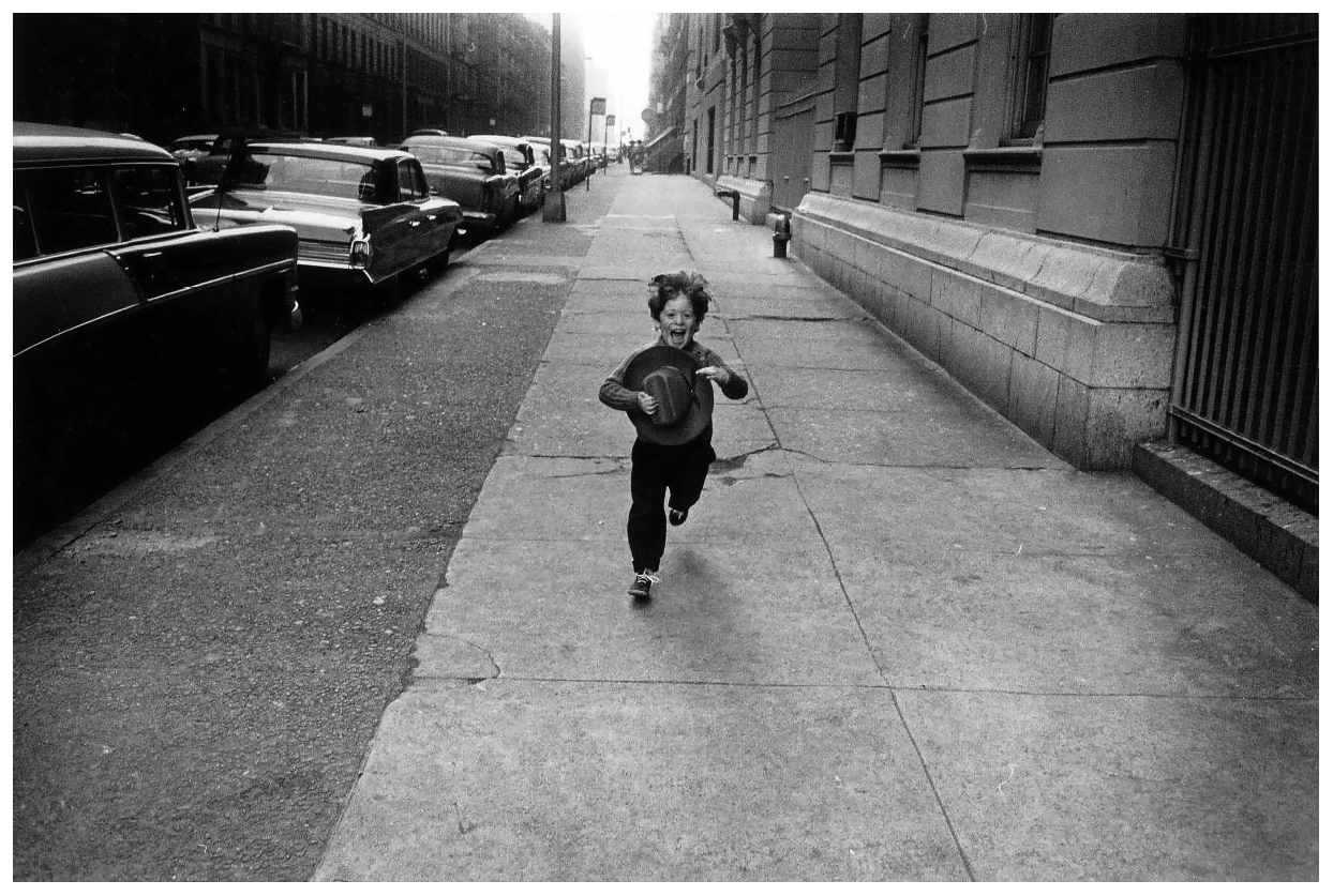 a biography of gary winogrand an american photographer Biography garry winogrand was an american street photographer known for his portrait of the united states in the mid-twentieth century john szarkowski called him the.