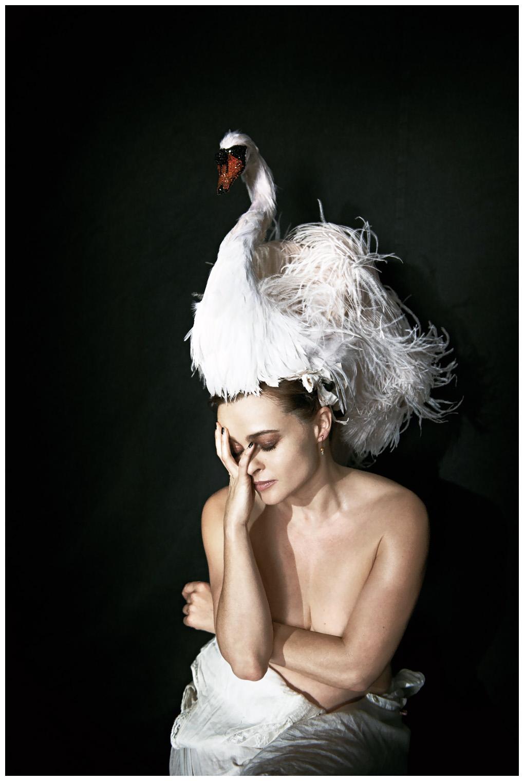 Helena Antonaccio Nude Photos 13
