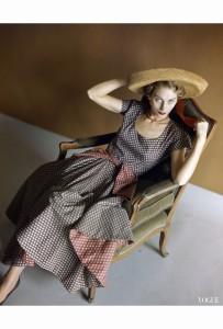 horst-p-horst-vogue-may-1948