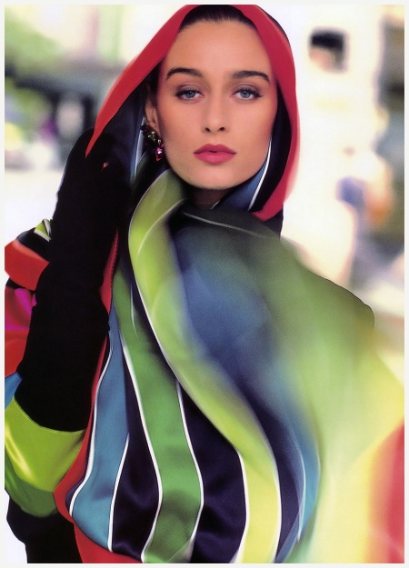 Vogue Sept 1988 Aly Dunne - Photo Anne Klein ads