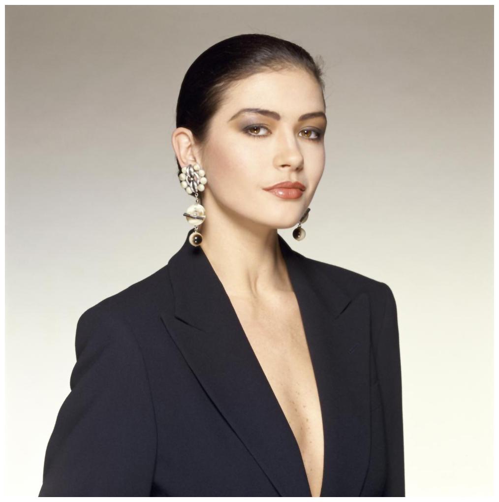 Catherine Zeta Jones Photo Terry O'Neill – 1997   © Pleasurephoto Catherine Zeta Jones
