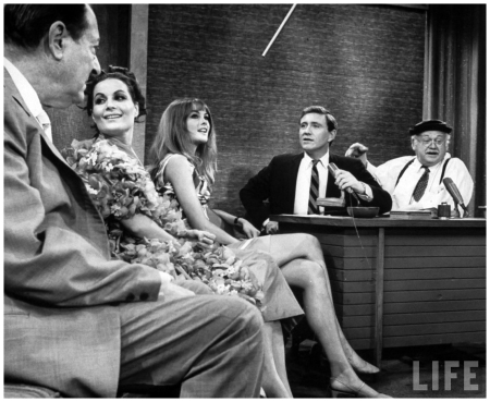(L to R) Actor Arthur Treacher, Aliza Kashi, British Model Jean Shrimpton, Merv Griffin and Cliff Arquette enjoying an entertaining coversation the the taping of the Merv Griffin Show 1967 Arthur Schatz