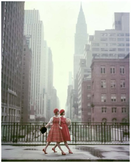 Two models, on a New York City street Photo Sante Forlano 1958