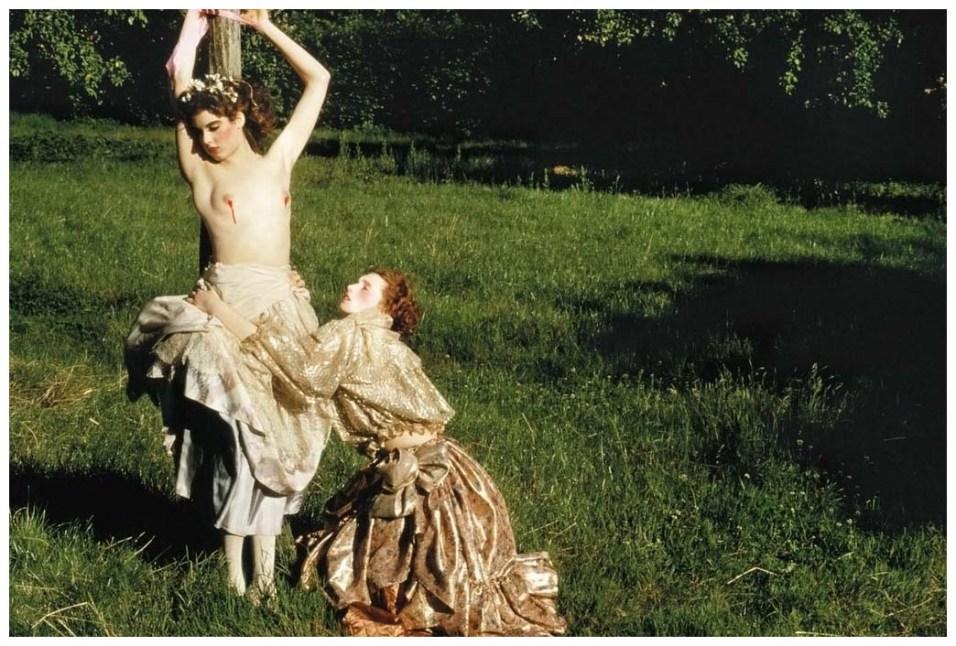 http://pleasurephoto.files.wordpress.com/2013/03/guy-bourdin-1977-vogue.jpg