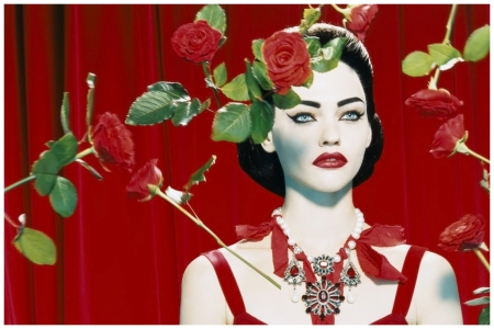 Photo by Miles Aldridge  Sasha Pivovarova as Maria Callas, Numéro, 2005