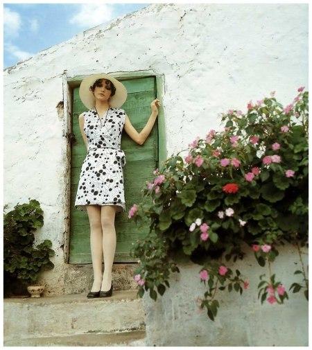 Cathee Dahmen, photo by F.C. Gundlach for 'Brigitte' 11:1968, Tenerife, 1968 bn