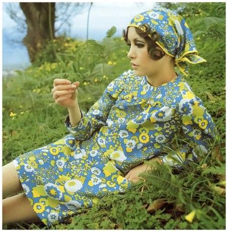 Cathee Dahmen, photo by F.C. Gundlach for 'Brigitte' 11:1968, Tenerife, 1968 bnm