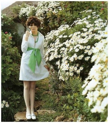 Cathee Dahmen, photo by F.C. Gundlach for 'Brigitte' 11:1968, Tenerife, 1968 c
