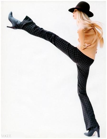 Kirsty Hume, British Vogue Photo Regan Cameron