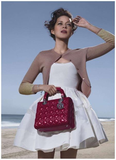 Marion Cotillard - incarne Lady Hampton Dior Jean-Baptiste Mondino b
