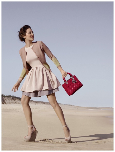Marion Cotillard - incarne Lady Hampton Dior Jean-Baptiste Mondino