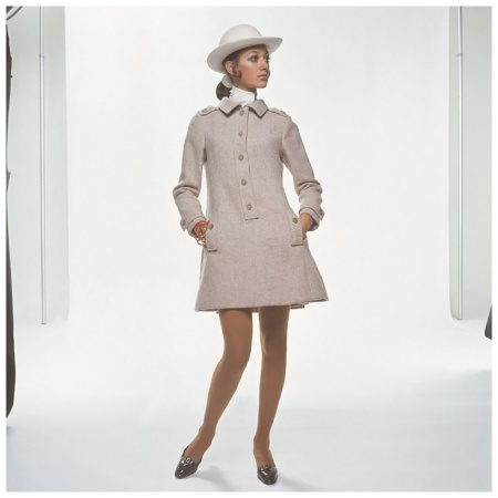 Marisa Berenson wearing heather-colored mini-shirtdress by Geoffrey Beene, hat by Adolfo Photo Gianni Penati 1968