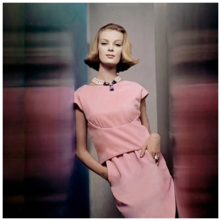 Nena von Schlebrugge, Two-piece pink velvet dress by Larry Aldrich, with large faux pearl necklace by Castlecliff. Circa November 1961 Photo John Rawlings
