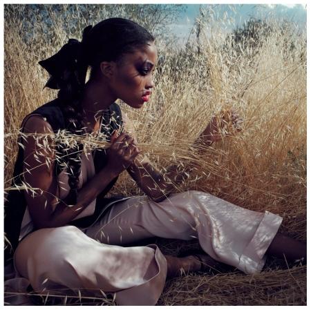 Nyasha Matonhodze by Sofia Sanchez & Mauro Mongiello