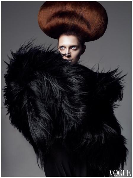 Olga Sherer Steven Meisel 2007 Vogue