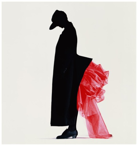 Photo Nick Knight -Different fashion Yohji Yamamoto red bustle - 1986