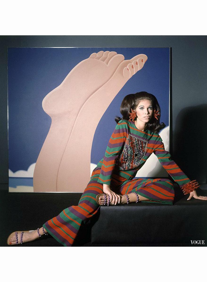 Horst P Pleasurephoto Pagina 47 Austin Sandal Mitzi Silver Vogue 1966