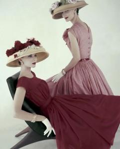 Joan Friedman and Evelyn Tripp Vogue, April 1956 © Karen Radkai
