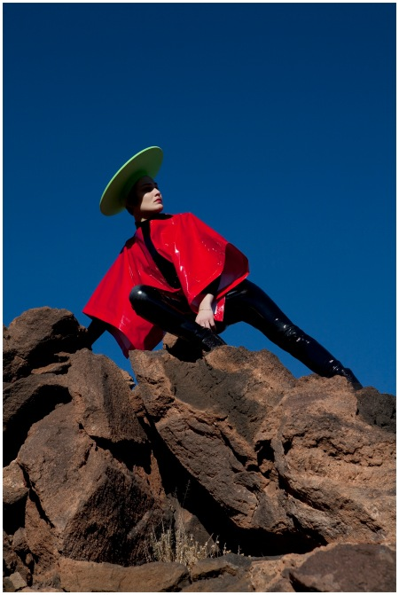 © Viviane Sassen, Roxane Danset in Cardin, 