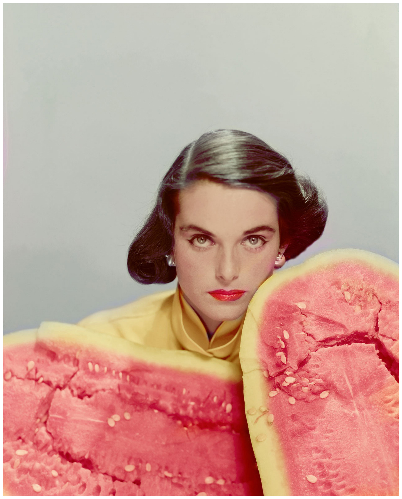 http://pleasurephoto.files.wordpress.com/2013/09/colors-of-models-make-up-accentuated-by-the-color-of-an-open-watermelon-1951-erwin-blumenfeld.jpg