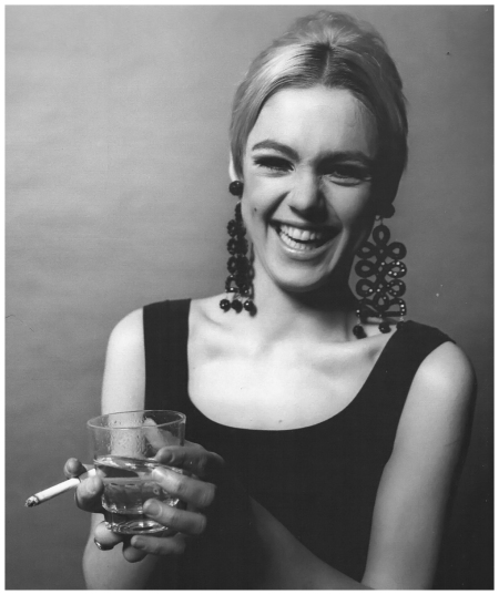 Edie Sedgwick, 1966 Photo Jerry Schatzberg b