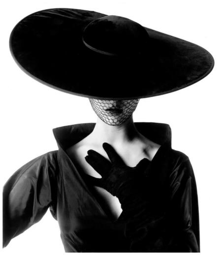 Fashion Photograph (Jean Patchett) (A), New York, 1949 Phot Irving Penn