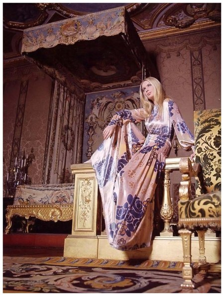 French actress Geneviève Gilles in panne velvet gown by unidentified designer, photo by Pierluigi Praturlon Rome, 1969