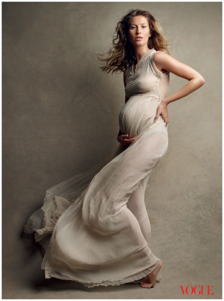Gisele Bundchen Pregnant - US Vogue Photo Patrick Demarchelier 2010