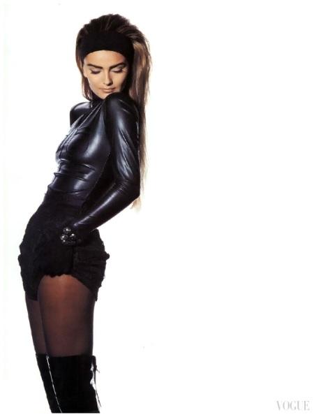 Paulina Porizkova %22Inside Out%22 Photo Irving Penn Vogue US November 1990 b
