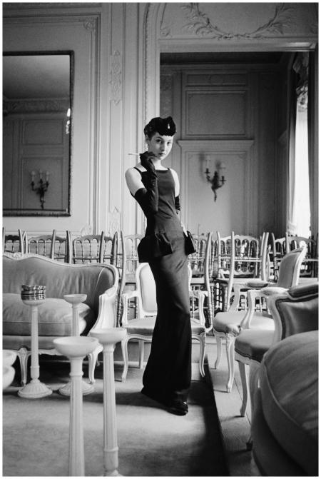 Dior Glamour - Gazette du bon ton dress Photo Mark Shaw