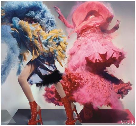 Dior - right hand look - Vogue dec 2008 - Photo Nick Knight b
