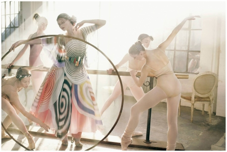 Fendi Fashion Story, Vogue Italia, 2007 Mark Seliger
