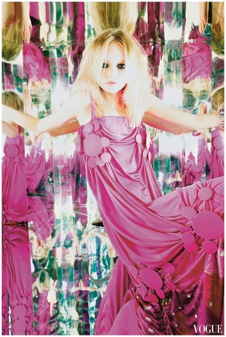 Gemma Ward - Vogue - sept 2004 - Dior by galliano Photo Nick Knight