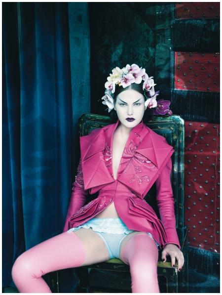Patrick Demarchelier drew inspiration from Oriental dress in his 2008 calendar b