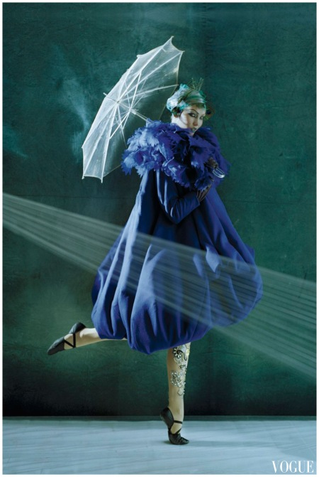 Photo Tim Walker - Karlie Kloss - Vogue oct 2010 Dior haute couture