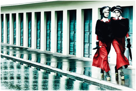 Marte van Haaster and Stella Tennant Deauville Rendez Vous - Photo Mario Testino - Vogue Sep 2012