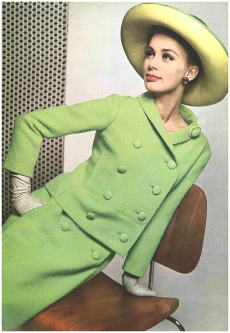 Model in green wool suit with double-breasted jacket and double-button skirt, by Christian Dior, photo by Pottier, 1962