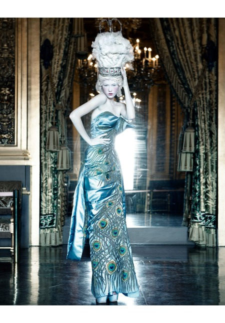 Photo Patrick Demarchelier dior book 2011 Maryna Linchuk Haute Couture collection fall-winter 2004