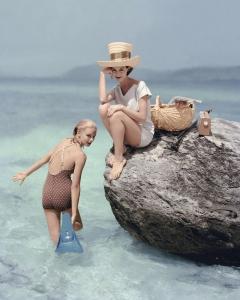 richard-rutledge-vogue-january-1957