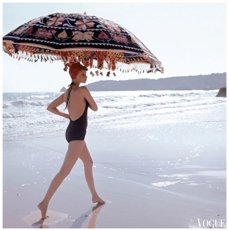Algarve, VOGUE July 1973 Photo Norman Parkinson