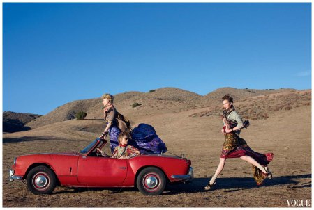 Karlie Kloss, Abbey Lee Kershaw, Patricia Van Der Vliet by Arthur Elgort  2006